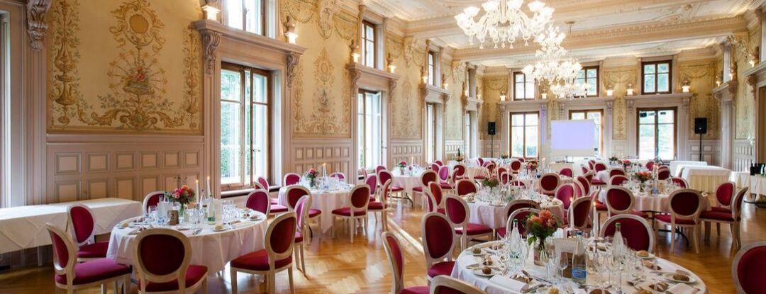 La salle historique et les salons privatifs